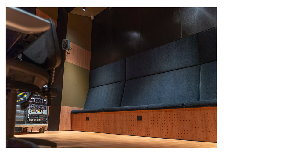 JMC-Studio-A-seating